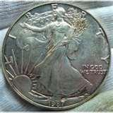 pictures of American Eagle Silver Dollar 1990